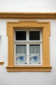 Jendela Adalah Mata Bangunan