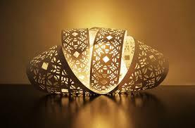 Mendekorasi Lampu