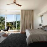 alasan-kamar-tidur-dengan-jendela-696x456