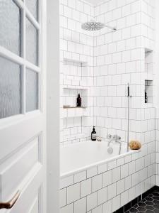 alasan-menggunakan-keramik-dalam-kamar-mandi-hunian-5