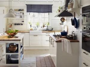 letak-dapur-di-bagian-depan-rumah-2-696x522