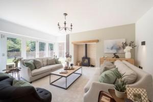 tips-membuat-ruang-keluarga-yang-berkualitas-696x464
