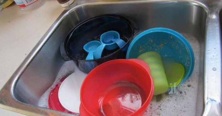 TIPS Melakukan Perawatan Tupperware agar selalu tahan lama