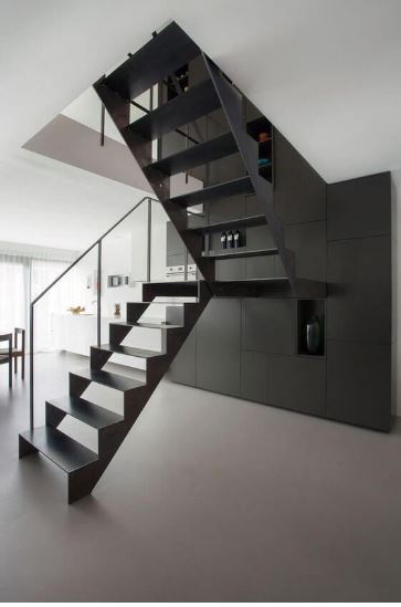 Kelebihan Material Besi Untuk Tangga Rumah